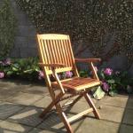 Teaková stolička po renovácii